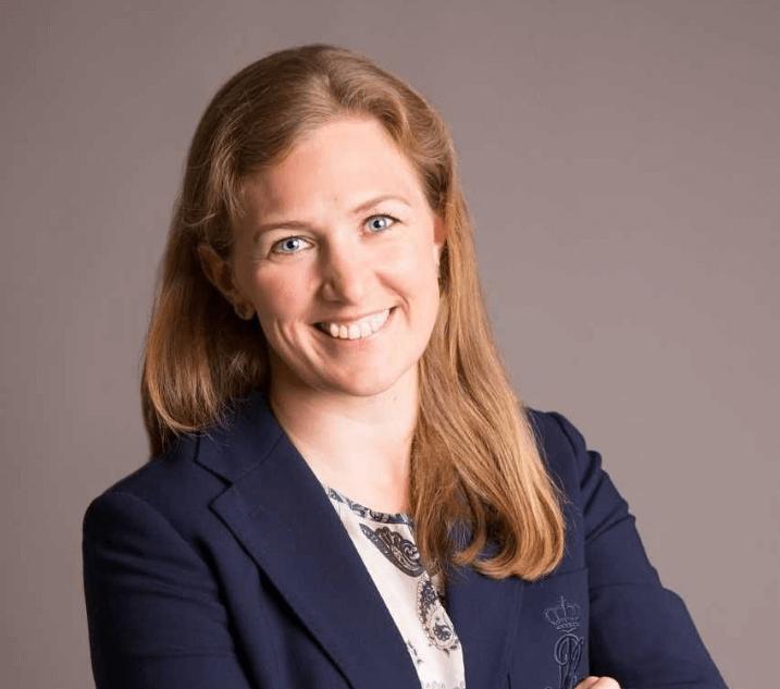 Toimitusjohtaja-Erika-Ehrnrooth-yritysta-johdetaan-esimerkkia-nayttaen