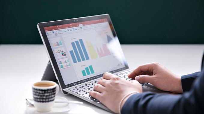 Palkka-avoimuus voi olla yritykselle kilpailuetu -blogi